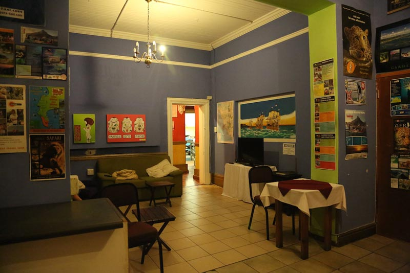 Big Blue Backpackers Lounge